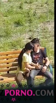 porno-igri-drochila-emu-na-ulitse-smotret-onlayn-moskva-latinoamerikanki